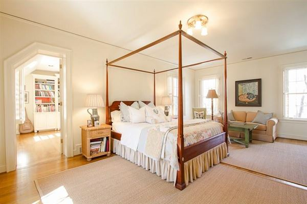 Mansions remodeled Historic Brookhaven home