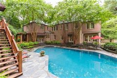 Luxury homes in remodeled Historic Brookhaven home