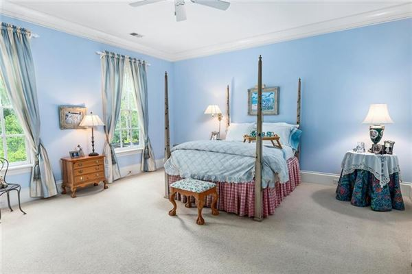 Luxury homes in magnificent english manor in premier Tuxedo Park