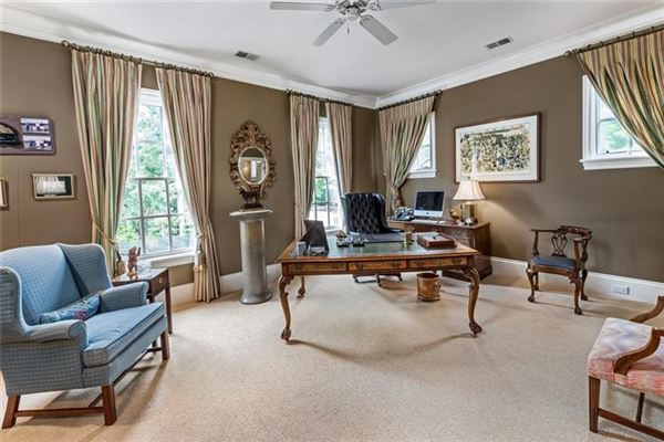 Mansions in magnificent english manor in premier Tuxedo Park