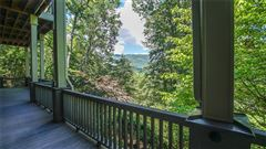 Luxury real estate An incredible mountain estate in Ellijay