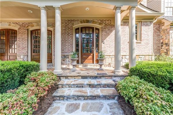 Elegant home in the heart of North Buckhead mansions