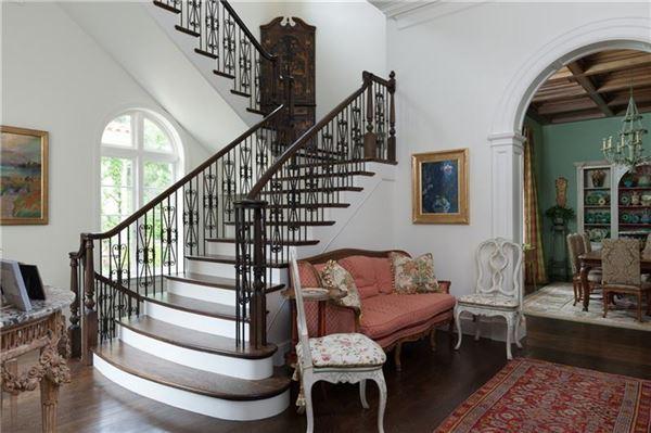 Mansions Exceptional, Gated Mediterranean Masterpiece