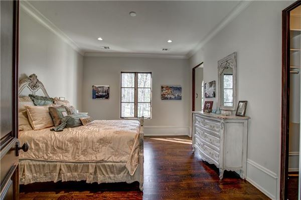 Mansions in Magnificent estate on almost six acres in Atlanta Georgia
