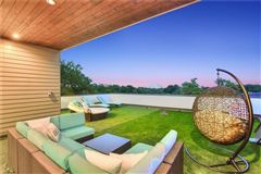 Luxury properties Compound with privacy in Rollingwood