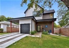 modern Farmhouse near Zilker Park luxury properties