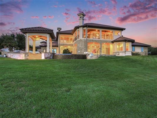 a stunning home mansions