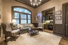 Luxury properties Beautifully-appointed sophistication in austin