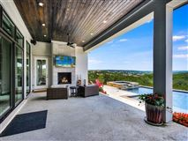 Luxury homes custom-built home
