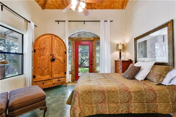 beautiful home awaits mansions