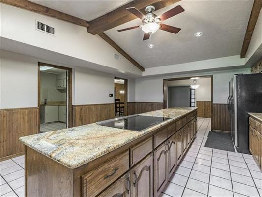 Luxury real estate Unique opportunity in Giddings