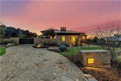 Stunning, custom contemporary estate mansions