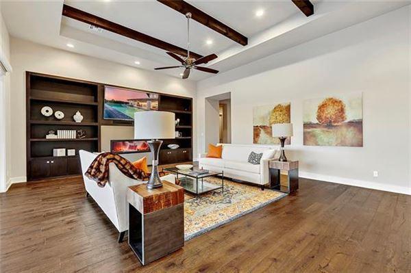 Luxury properties Stunning, custom contemporary estate