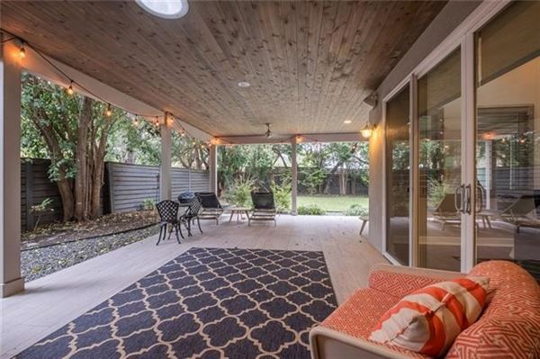 Picturesque home in coveted North Austin luxury homes