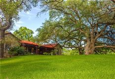 Fascinating property where the San Marcos River meets Plum Creek luxury homes