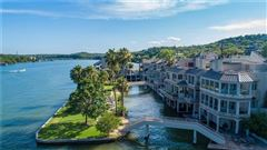 Luxury homes in Lake Austin living at its finest