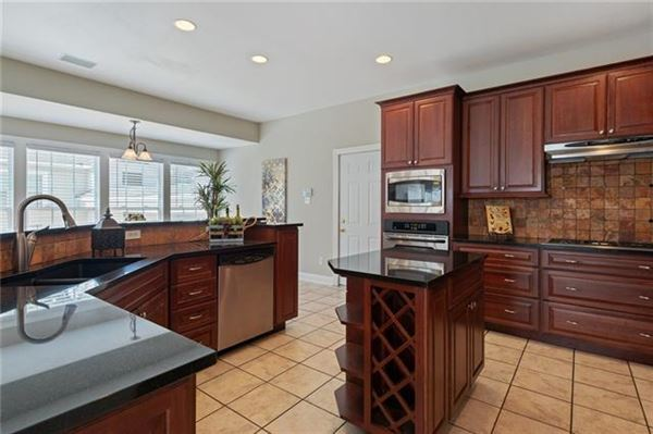 Luxury homes Opportunities abound in this estate property in Tarrytown