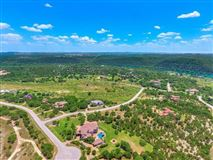 Mansions Opportunity to own a home in Caslano on Lake Austin