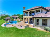 Opportunity to own a home in Caslano on Lake Austin mansions