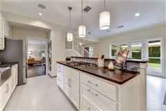Luxury homes in Elegant Mid Century Modern home