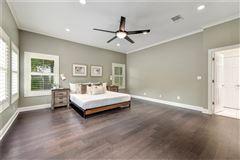 Elegant Mid Century Modern home luxury real estate