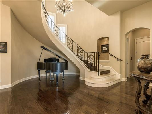 Custom designed to accentuate stunning Downtown views luxury properties