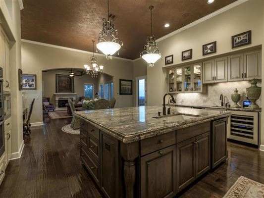 Custom designed to accentuate stunning Downtown views mansions