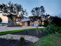 Mansions in rare contemporary gem