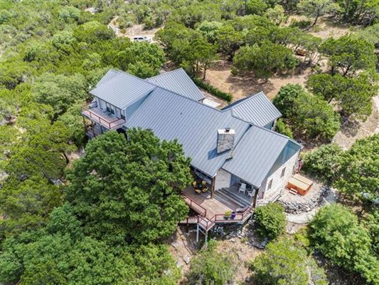 Luxury homes Stunning house with sweeping Hill Country views