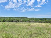 Gentlemans Ranch in ideal location luxury properties