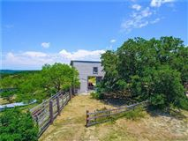 Gentlemans Ranch in ideal location luxury real estate