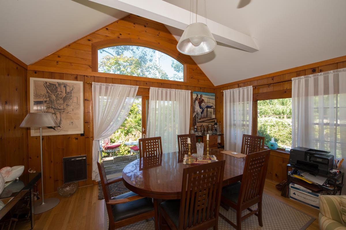Luxury properties 969 Surfview Walk Ocean Beach NY