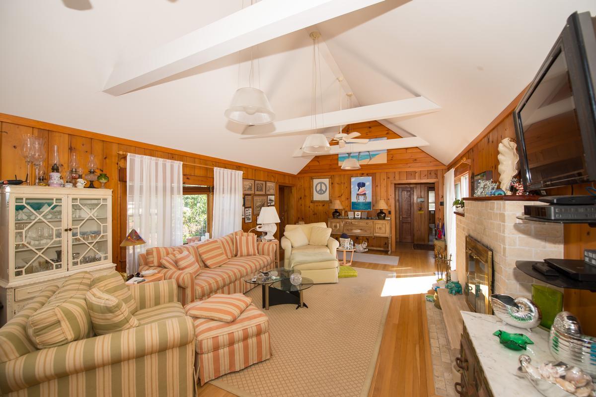 969 Surfview Walk Ocean Beach NY luxury properties