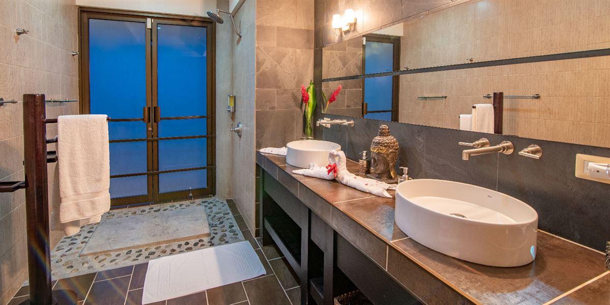 Villa Perezoso luxury real estate