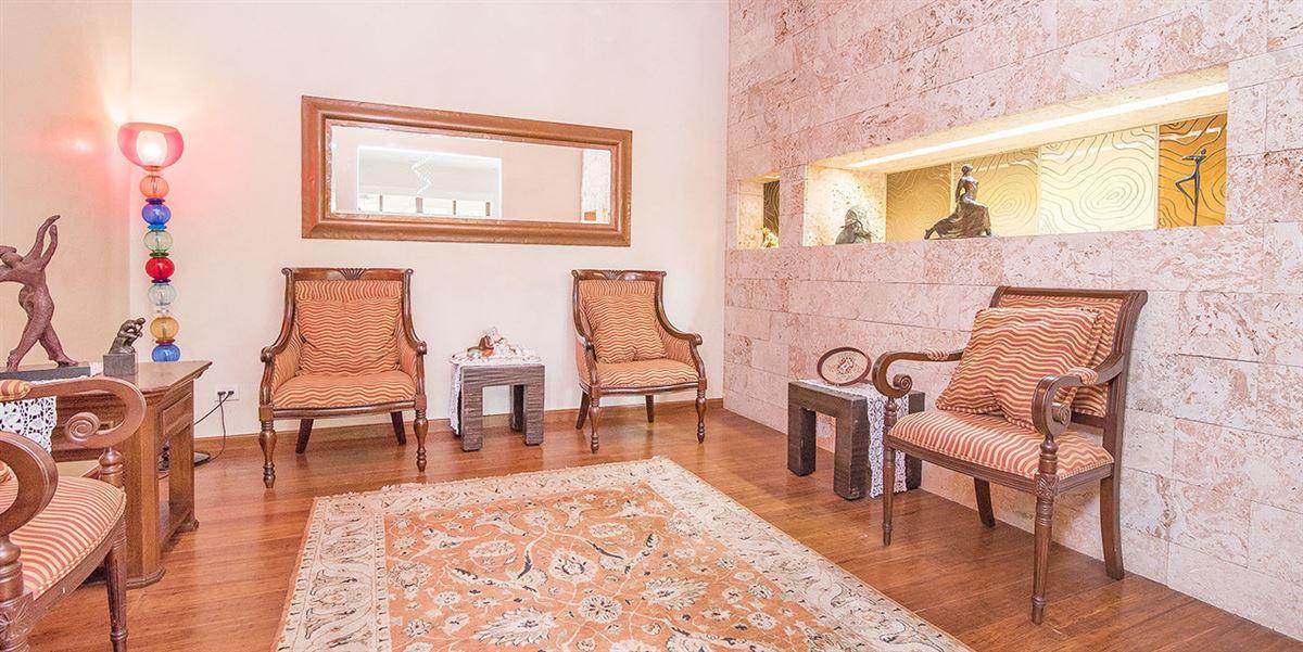 Luxury properties European style estate