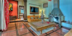 Luxury homes Shanti Mar Villa in Dominical