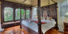 Luxury properties Shanti Mar Villa in Dominical
