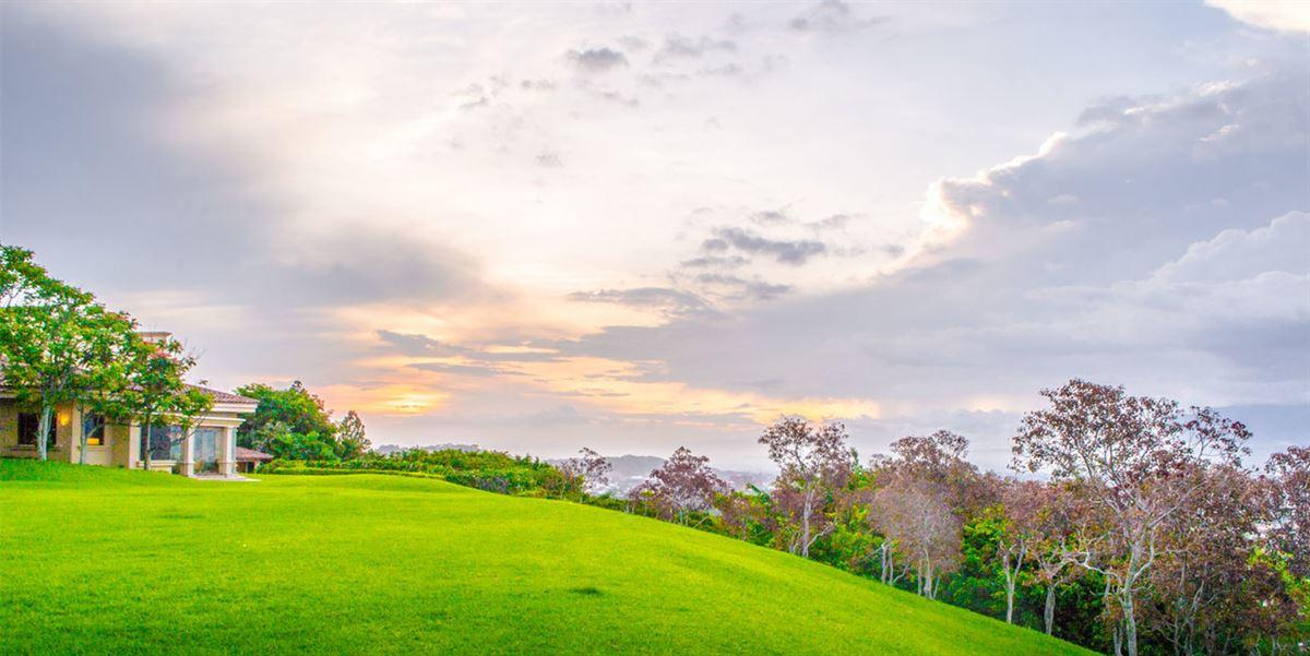 private hilltop estate luxury homes
