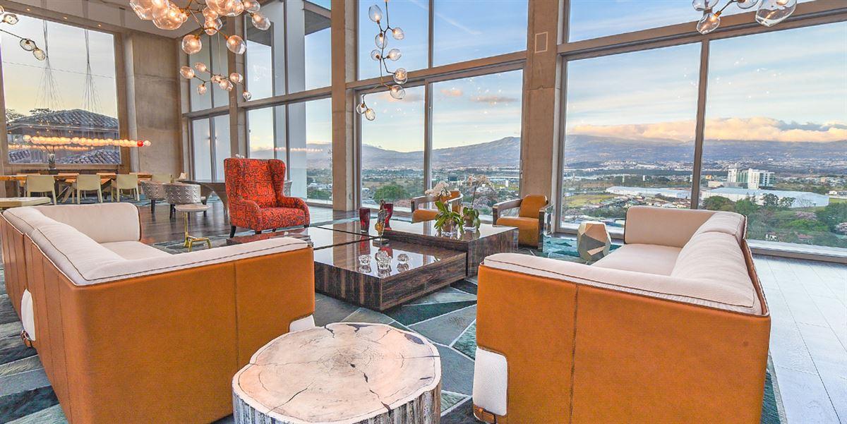 Luxury homes The Highpoint Cerro Alto