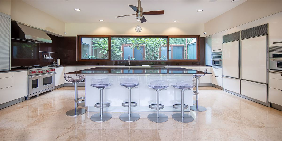 Tropical Dream Villa in santa ana luxury homes