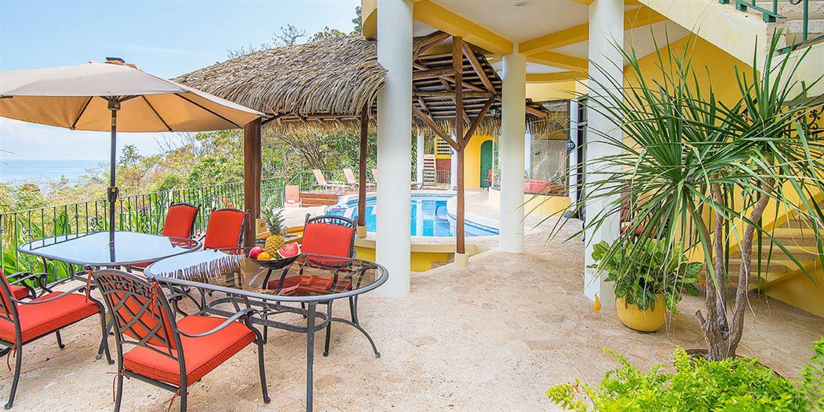 Luxury homes in Elegant Beach Estate Located in Manuel Antonio