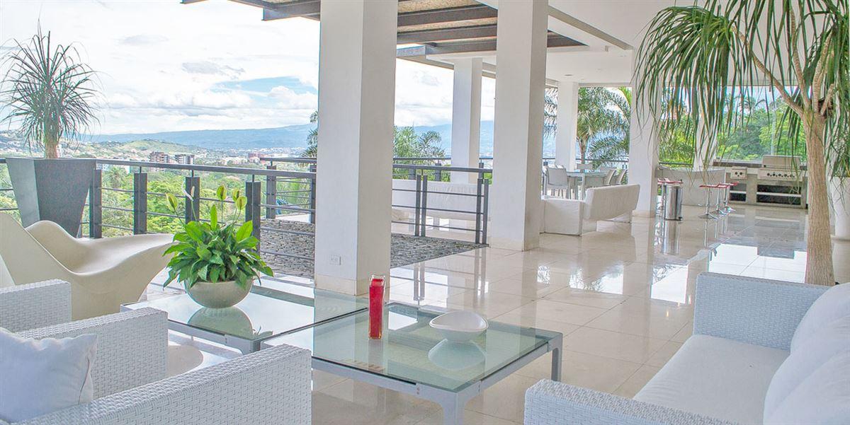 Luxury real estate Contemporary living in Escazú