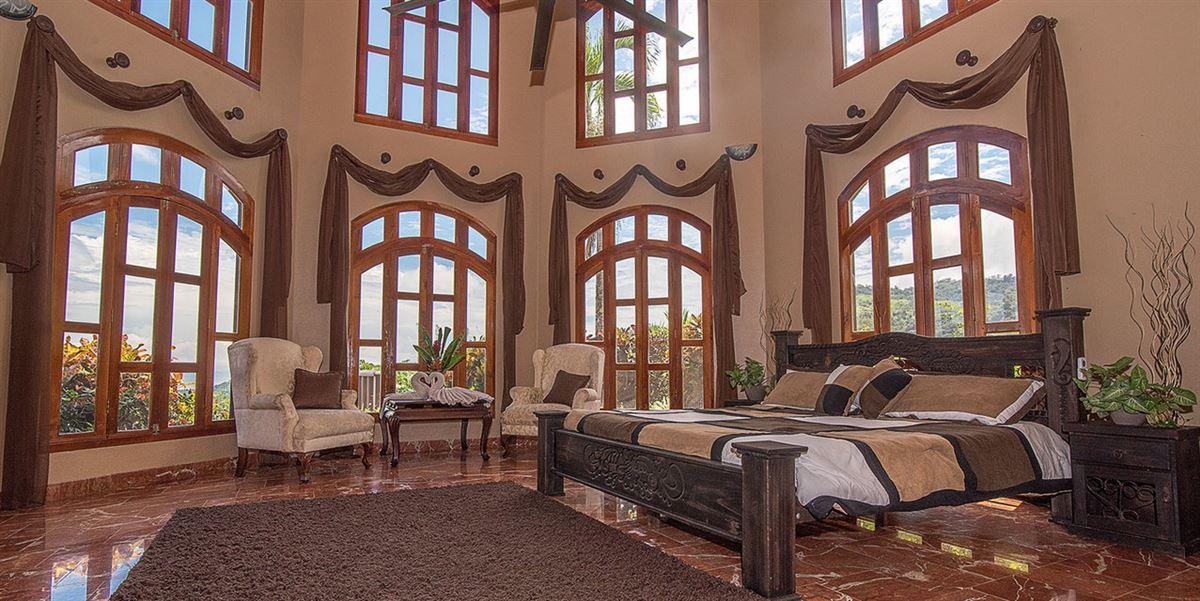 Castillo Sol mansions