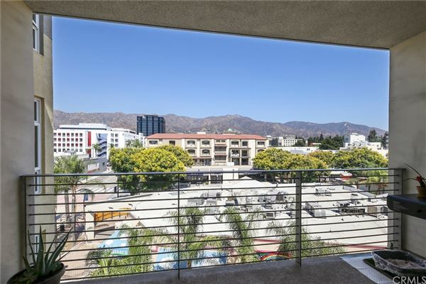 gorgeous contemporary top floor unit  luxury homes