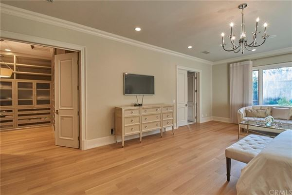 elegant home in prestigious Santa Anita Oaks luxury real estate