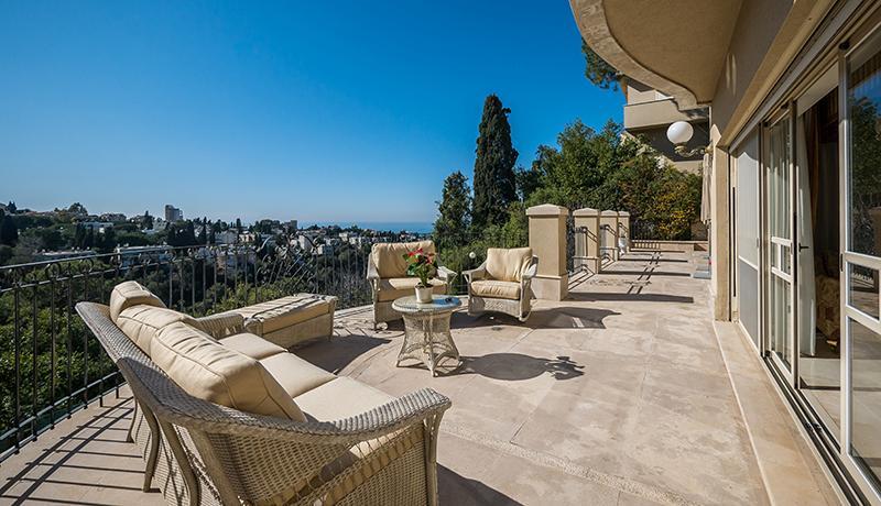 Luxury properties Premier Street in Mount Carmel