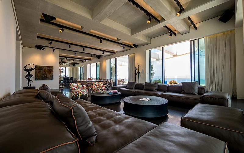 Luxury real estate Exquisite penthouse