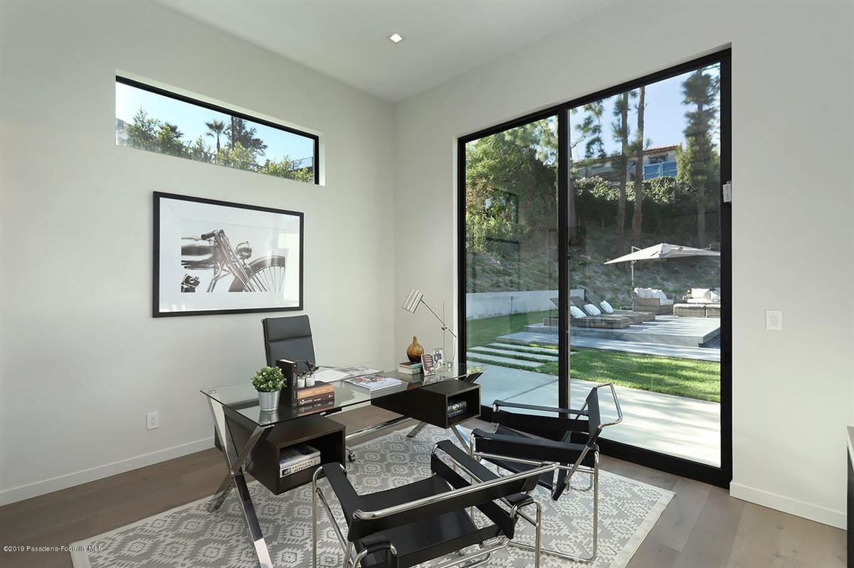 Luxury properties Modern masterpiece in prestigious Bel Air