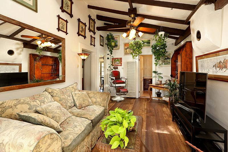 Historical Home in Tujunga luxury properties