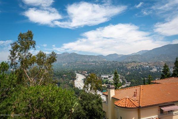 a California Traditional that radiates grandeur and elegance luxury properties